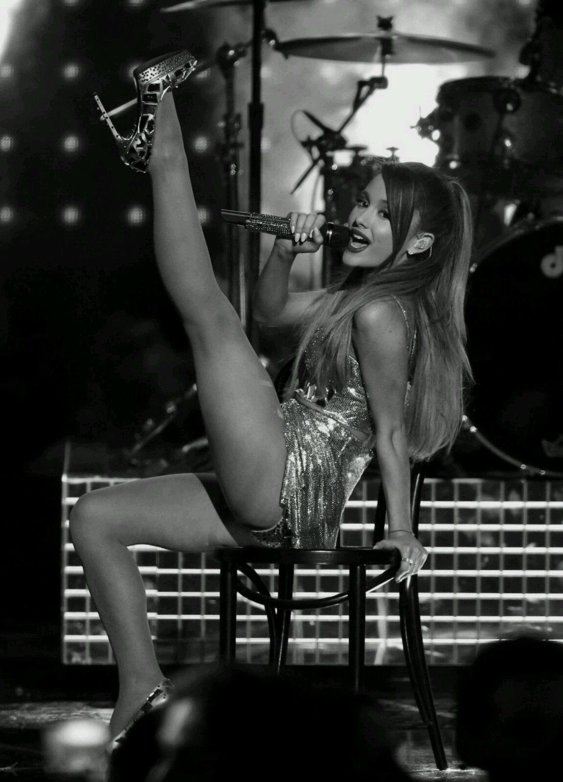 Ariana grande poster sexy