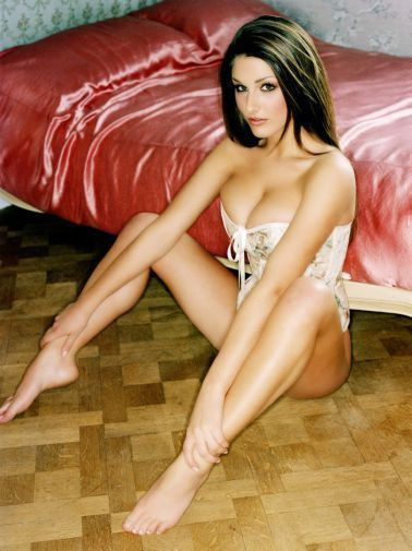 151732 Lucy Pinder Decor Wall Poster Print CA