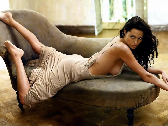 Angelina jolie hot and sexy pics