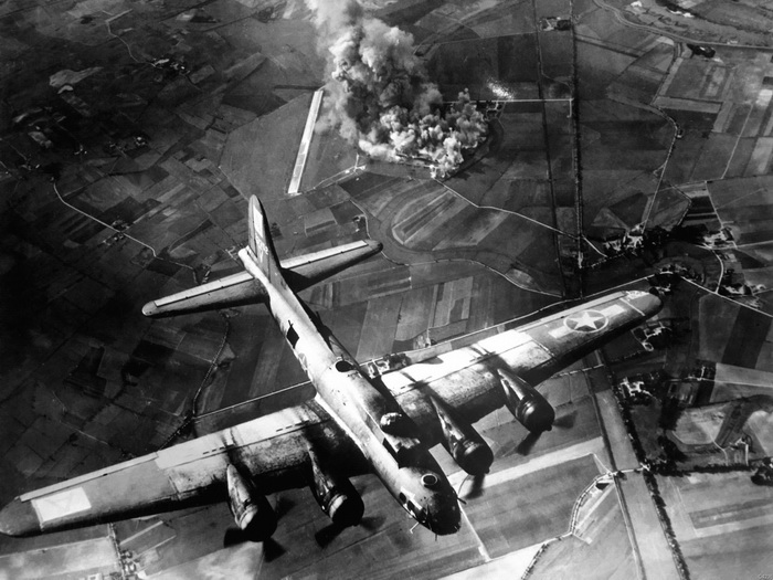 Aircraft World War II B-17 Bombing Marianburg Wall Print POSTER AU