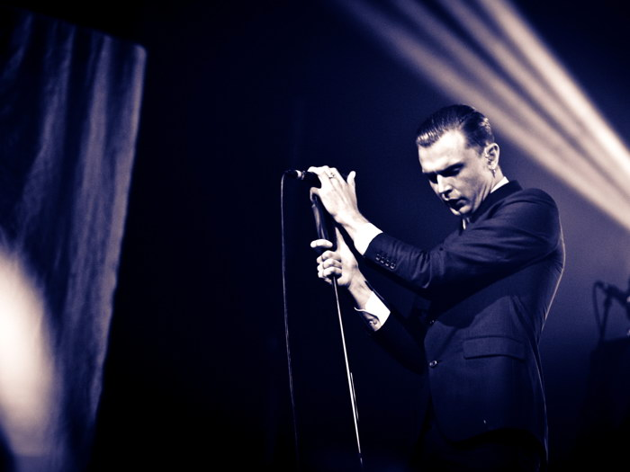 Theo Hutchcraft Hurts Singer Male Art FRAMED CANVAS PRINT FR