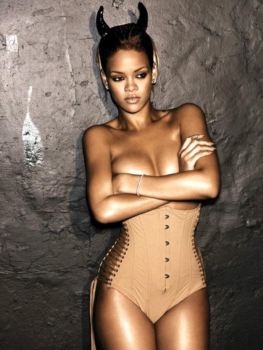 Rihanna-Fenty-Hot-Devil-Sexy-Topless-Music-FRAMED-CANVAS-PRINT-AU