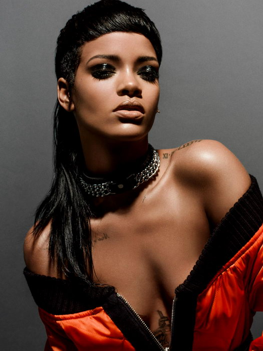 Rihana sexy picture