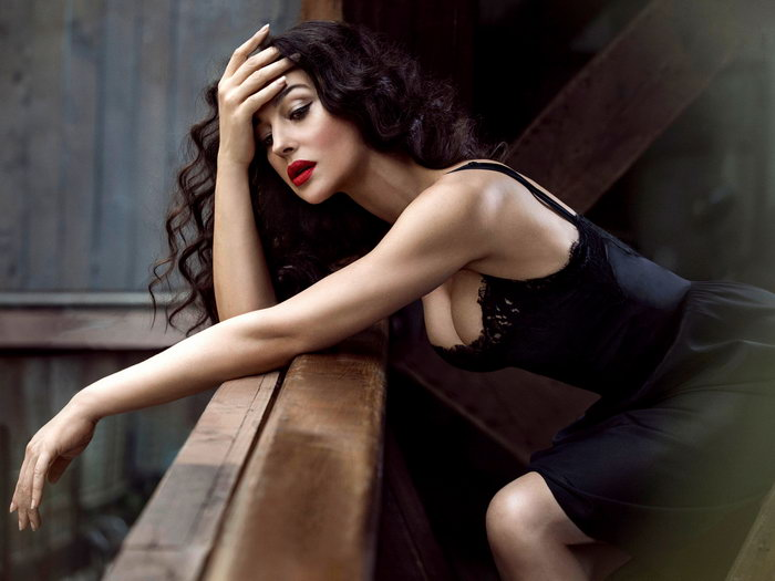 Image Is Loading Monica Bellucci Hot Woman Passion Actress Huge Giant