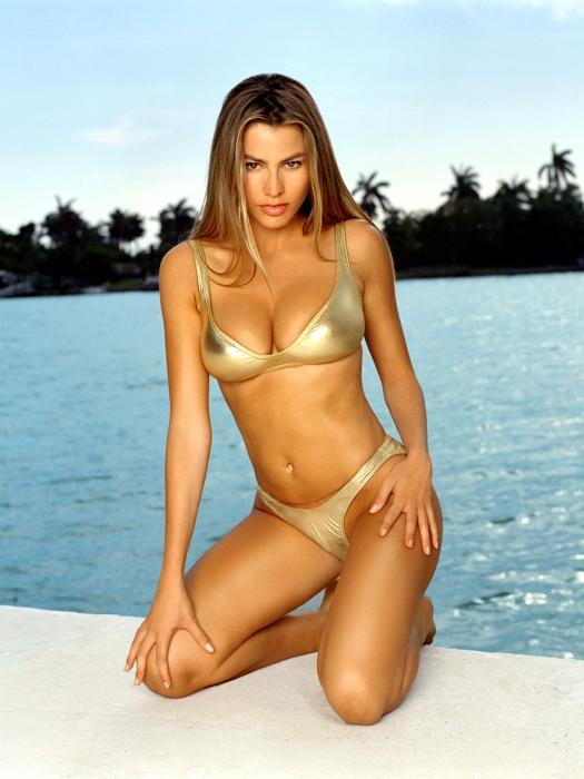Lindsay lohan new bikini